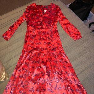 35f47e34f995 Topshop Dresses | Wispy Floral Print Midi Dress | Poshmark